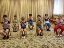 Самомассаж с мячиками-ежиками