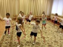 Упражнения с лентами на кольцах